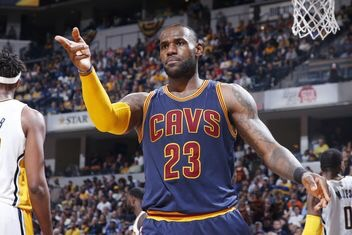 L2M Report: LeBron traveled before taking go-ahead 3-pointer in Game 4